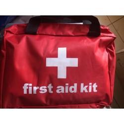 First Aid Kit (Trousse de...